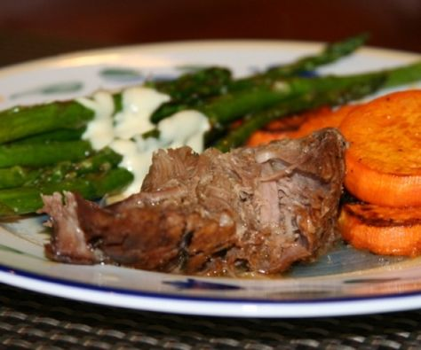 Fall-apart tender pork that you can prep in the time it takes to drink your coffee! http://stalkerville.net/ #paleo