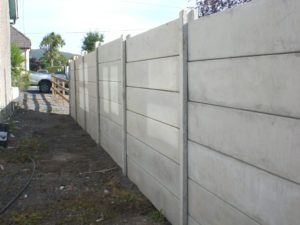 Concrete Fencing Panels And Posts With Images Concrete Fence