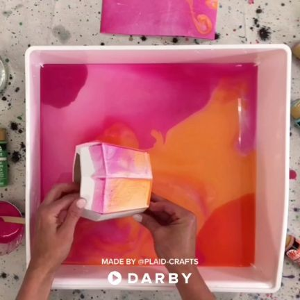 Create marbled paper and decor with FolkArt acrylic paint and a water basin. Turn items into journals & cards! #darbysmart #diy #diyprojects #diyideas #diycrafts #easydiy #artsandcrafts #paintmarbling #marbling