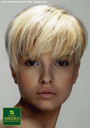 Fresh Pilzkopf Frisur Damen Sudah Frisuren Kurze Frisuren Fur Dickes Haar Kurzhaarschnitt