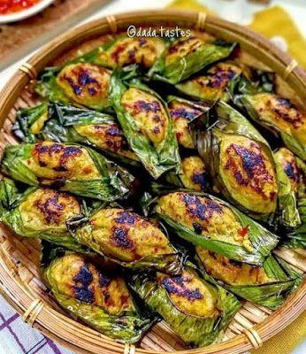 Pepes Ayam In 2020 Diy Food Recipes Food Drink Photography Food