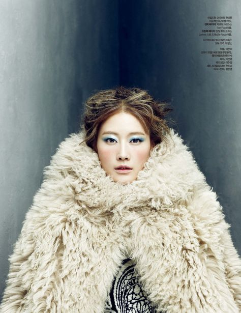 Publication: Harper's Bazaar Korea Issue: January 2014 Title: Frozen Moments  Model: Lee Hyun Yi Photography: Choi Yong Bin Styling: Mirim Lee Hair: Lee Jiyoung Make-up: Suk Kyung Lee