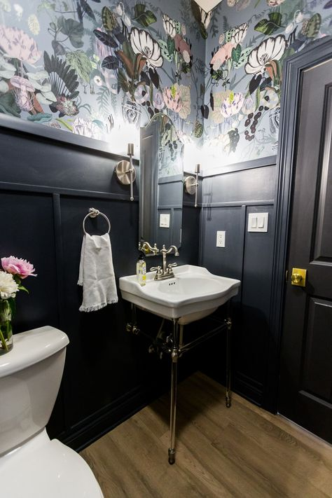 Tips for decorating a windowless bathroom.