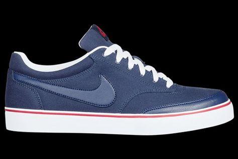 Nike Tekkies  52f8dda32