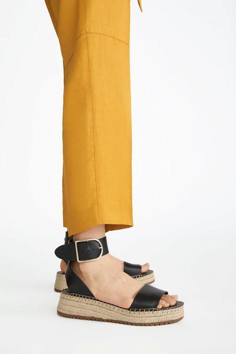 avec talons et petits cuir bride en Chaussures compensés en OynmN8vw0