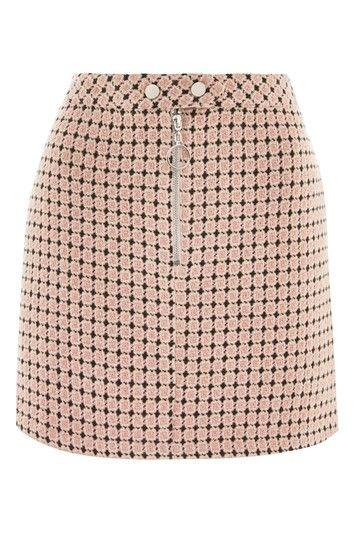 Pretty Geometric Print Jacquard Mini Skirt as part of an outfit