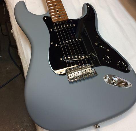 Fender Stratocaster in Satin Gray Finish Guitar Shop, Guitar Art, Music Guitar, Cool Guitar, Guitar Painting, Art Music, Violin, Fender Stratocaster, Ukelele