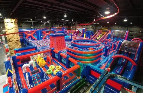 Jumpin Fun Inflata Park in Sarasota, Florida is a brand new adventure park that has been taking the city by storm.