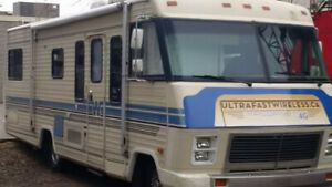 1985 Winnebago Motorhome with new Engine | RV 's and travel campers
