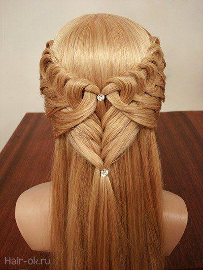 Kalp Sac Orgu Modeli Yapilisi Resimli Selale Sac Oru Modeline Benzese De Yapilisi Selale Sac Orgusunden Kolay Gorunu Waterfall Hairstyle Hair Styles Heart Hair