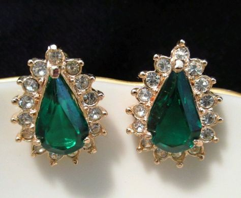 Vtg Faux Emerald Earrings Signed Roman Pierced Green Crystal Goldtone Teardrop Stud