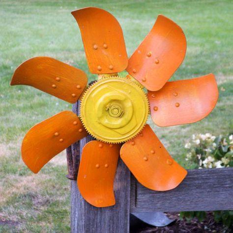 Auto fan flower from Wild Ways To Garden