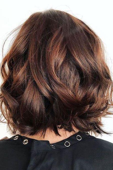 Frisuren 2020 Hochzeitsfrisuren Nageldesign 2020 Kurze Frisuren Bob Frisur Dunkler Bob Haarschnitt