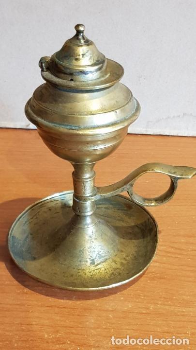 Antiguo Candil De Aceite Capuchino En Bronce 14 Cm Con Uso De La Epoca Candil Bronce Capuchino