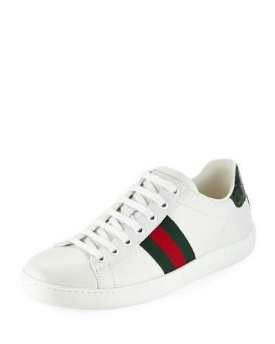 Gucci Leather Low Top Sneaker 1 Flat Heel Round Toe Lace Up Front Signature Web Detail At Side Contrast Heel Counter Sneaker Sneakers Mode Gucci Schuhe