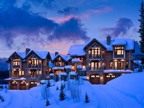 A picturesque ski chalet in Big Sky