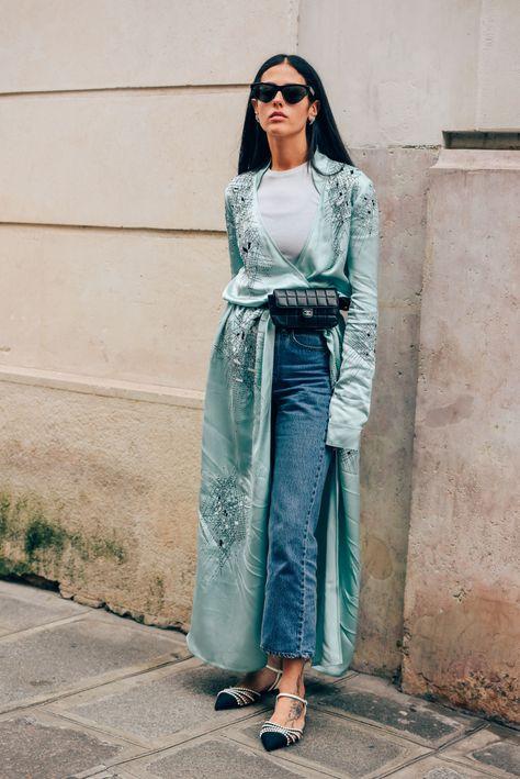 #pochete #denim #fashion  (Tommy Ton)