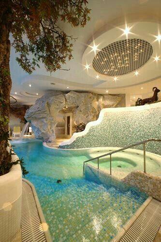 Indoor Pools, Lap Pools, Backyard Pools, Pool Landscaping, Diy Pool, Pool Spa, Garden Pool, Indoor Garden, Future House
