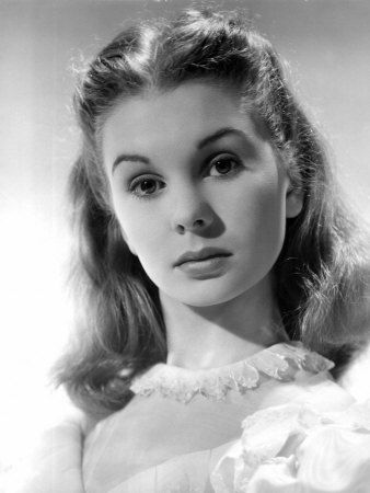 """Jean Simmons as Estella in """"Great Expectations"""" film 1946"""