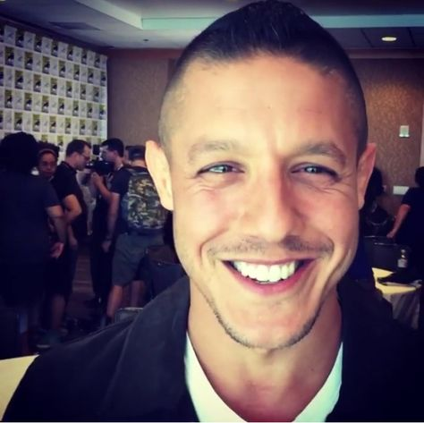 New York Comic-Con. Giving a shout out to a fan. 'Hi there, this is Theo Rossi, watch Luke Cage on NETFLIX!'