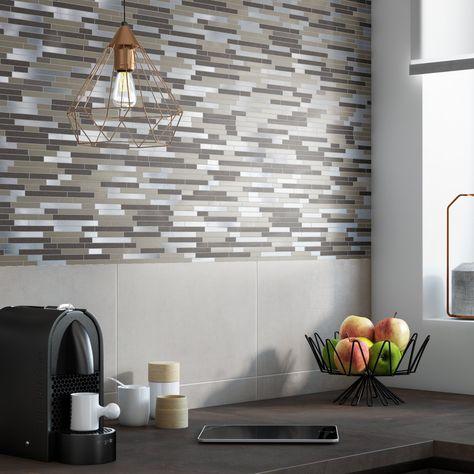 Decorer Le Mur De La Cuisine Avec De La Faience Effet Mosaique