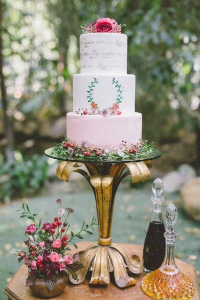 Gorgeous wedding cake: http://www.stylemepretty.com/little-black-book-blog/2015/02/12/garden-fairytale-valentine-wedding-inspiration/ | Photography: Anna Delores - http://www.annadelores.com/