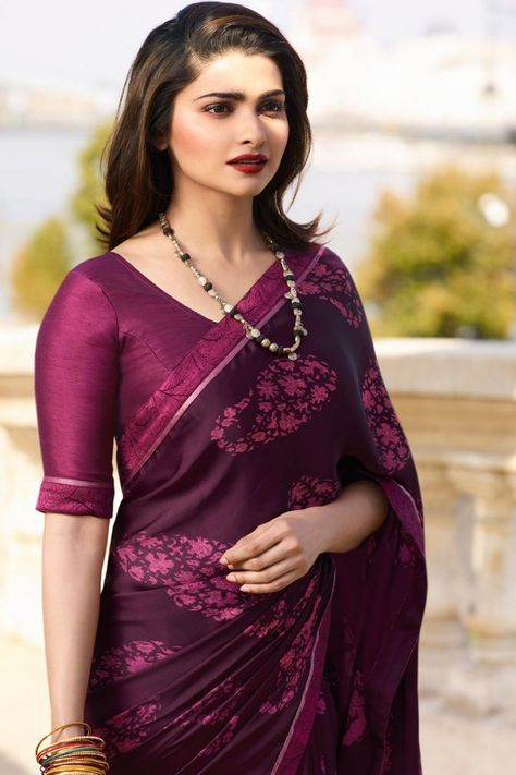 4049b465966843 1 Top Indian Saree Hairstyle For Long Hair - Fastnewsfeed