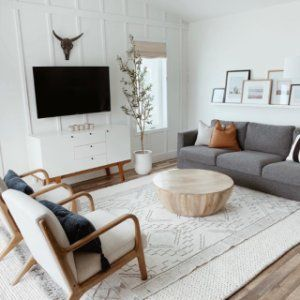 Vincent Van Duysen Redefines Minimalism In This Manhattan Triplex In 2020 Living Room Scandinavian Minimalist Living Room Boho Living Room