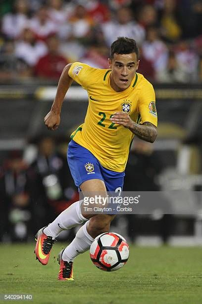 Philippe Coutinho Of Brazil In Action During The Brazil Vs Peru Group Philippe Coutinho Brazil Vs Peru Copa America Centenario