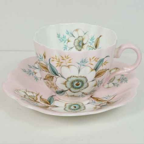 NEW,FREE SHIP ONE GRACE/'S TEAWARE WHITE WITH TEAL AND GOLD SCALLOPED CUP/&SAUCER