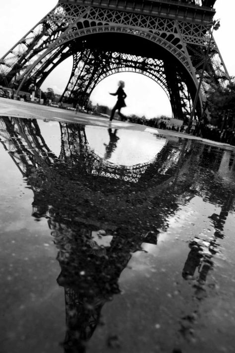Find images and videos about photography, black and white and paris on We Heart It - the app to get lost in what you love.