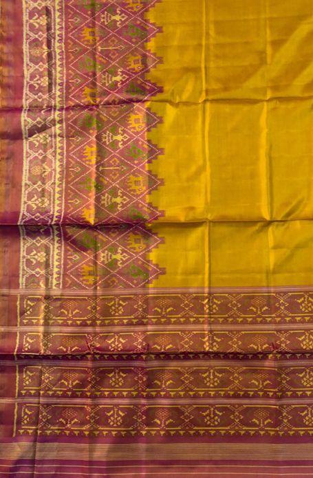 Yellow Handloom Patola Pure Silk Saree Queenofsilks Patolasaree Designerwear Traditionallook Silk Indianwedding Ma Pure Silk Sarees Saree Indian Sari Dress