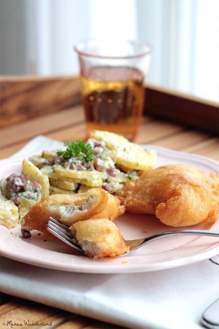 Backfisch mit  Kartoffelsalat ---