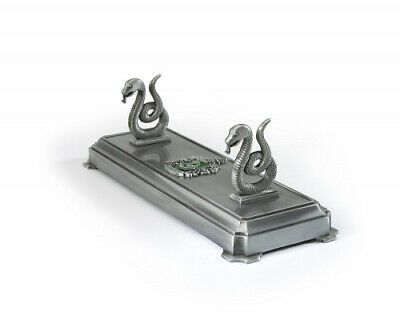 Harry Potter Slytherin House Wand Stand The Noble Collection Free Delivery Harrypotter Harry Butterbeer Slytherin Harry Potter Laden Zauberstab Slytherin