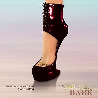 Heelless Stilettos. How in the world...??? tho id still wear them with something???:/