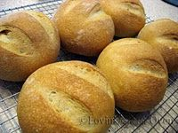 I love these Italian bread bowls for soups ~ the crusty exterior and 6 oz size is just the right size for soup.