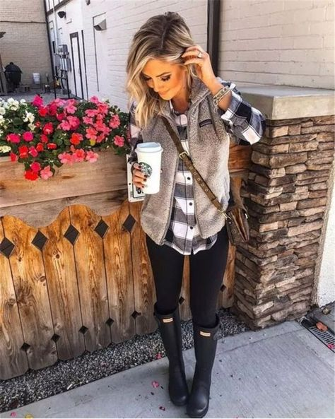 #Fall #Fashionable #outfits #Page #Trendy #Year 60 Trendy And Fashionable Fall Outfits You Should Try This Year - Page 3 of 60 - Chic Hostess