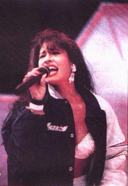 Photo of Selena Remembered for fans of Dulce maria 26805304 Selena Quintanilla Perez, Jenni Rivera, Corpus Christi, Daddy Yankee, Selena And Chris, Selena Selena, Mundo Musical, Divas, Jackson