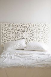 22 Ways to Make a Headboard Out of Almost Anything via Brit + Co. - #almost #anything #headboard - #Mariah'sFurnitureİdeasDiy