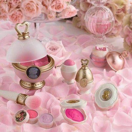 17 Trendy Makeup Products Tumblr Cosmetics Princesses Makeup Laduree Makeup Kawaii Makeup Princess Makeup