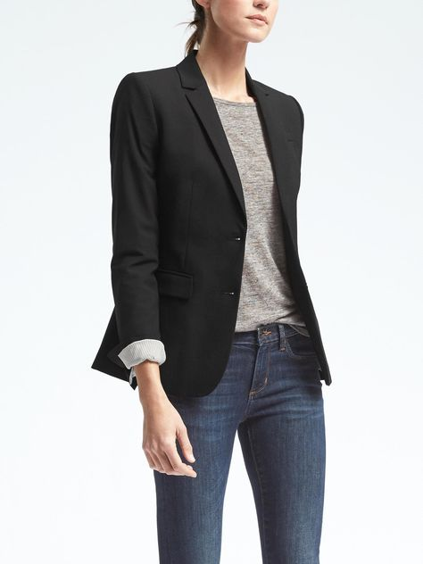 Long and Lean-Fit Lightweight Wool Blazer-BlackYou can find Banana republic and more on our website.Long and Lean-Fit Lightweight Wool Blazer-Black Casual Work Outfits, Blazer Outfits, Blazer Fashion, Work Casual, Fashion Outfits, Womens Fashion, Work Attire, Dress Outfits, Fashionable Outfits