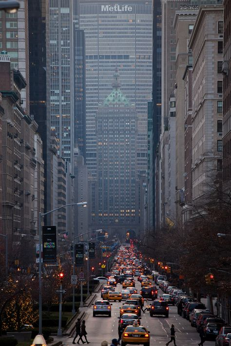 Park Avenue Looking South NYC by New-York-Obsession - The Best Photos and Videos of New York City including the Statue of Liberty Brooklyn Bridge Central Park Empire State Building Chrysler Building and other popular New York places and attractions. Chrysler Building, Photographie New York, Places To Travel, Places To Visit, Travel Destinations, Vacation Travel, Travel Deals, Usa Travel, Budget Travel