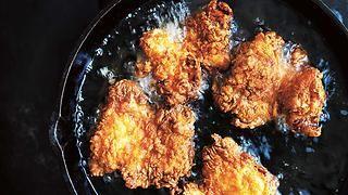 Buttermilk Fried Chicken Recipe Buttermilk Fried Chicken Fried Chicken Healthy Eating Breakfast