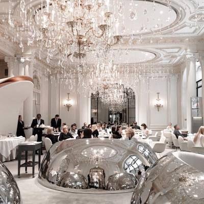 Barneys Bergdorf S Bloomies Bendel S Luxury Restaurant Luxury Restaurant Interior Design