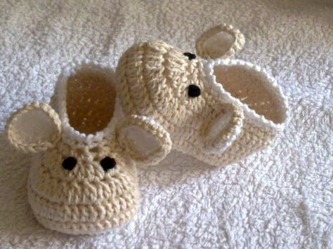 Crochet Baby Shoes /Booties/Slippers/ Mouse / Pattern 251/ Size 0-12 Months /Tutorial