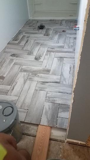 Trafficmaster Duttonwood Ash 7 In X 20 In Glazed Ceramic Floor And Wall Tile 14 In 2020 Bathroom Remodel Designs Bathroom Remodel Master Master Bathroom Renovation