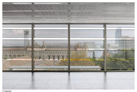 Gallery Of Social Security Administration Building In Barcelona Bcq Arquitectura 6 Metal Facade Facade Building Images
