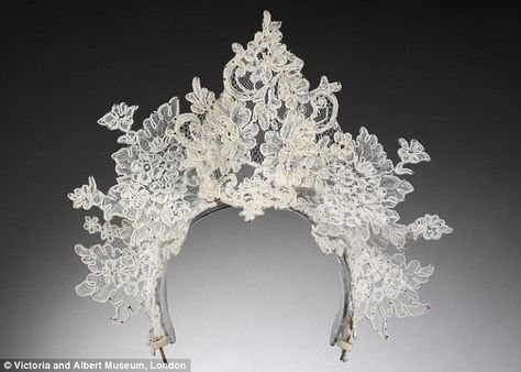 An antique lace tiara by Philip Treacy for Nina Farnell-Watson's 2008 wedding to Edward Tryon. #snow queen