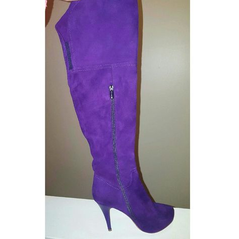 6486470a2b9 NEVER WORN PURPLE THIGH HIGH BOOTS Chinese Laundry