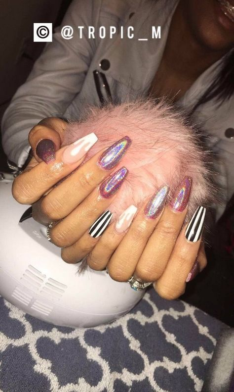 +30 We Love Glam Nails Coffin Glitter 88 - freehomeideas.com